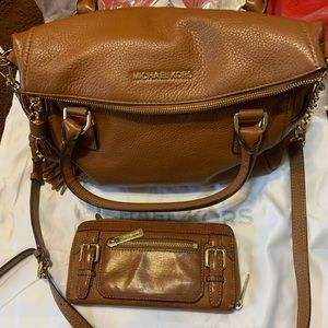 Authentic Michael Kors marching bag and wallet